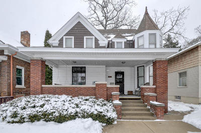 Racine Single Family Home For Sale: 1519 Holmes Ave