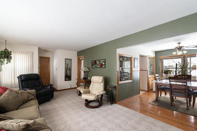 Milwaukee County Single Family Home For Sale: 4331 S 83rd St