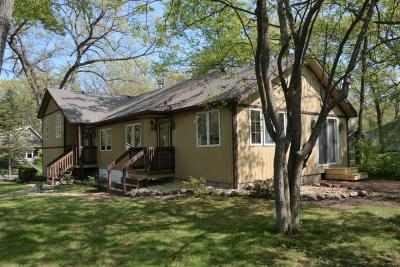 Williams Bay Single Family Home For Sale: 641 Cleveland Pkwy