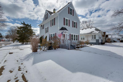 Kenosha County Single Family Home Active Contingent With Offer: 7803 27th Ave