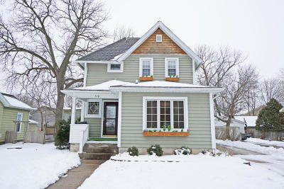 Oconomowoc Single Family Home Active Contingent With Offer: 119 E Luther Ave