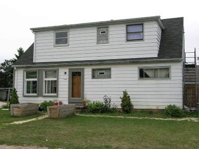 Greenfield Two Family Home For Sale: 9137 W Waterford Ave
