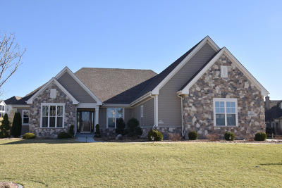 Menomonee Falls Single Family Home Active Contingent With Offer: N55w21867 Taylors Woods Dr