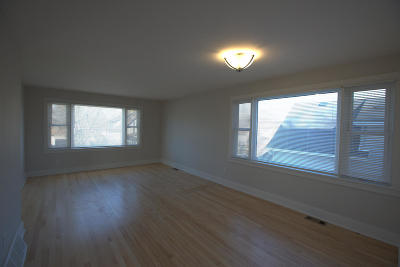 South Milwaukee Two Family Home For Sale: 1633 Rawson