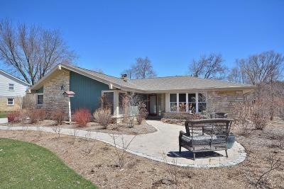 Single Family Home For Sale: 3250 Applegate Ln