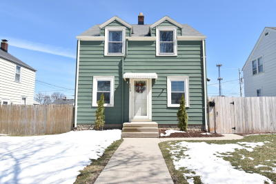 Single Family Home For Sale: 3256 S 22nd St