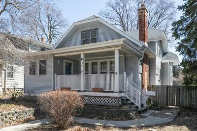 Milwaukee Single Family Home For Sale: 3310 S Delaware Ave