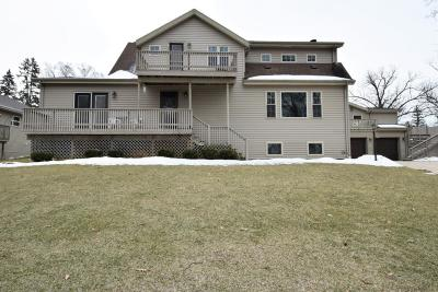 Racine County Single Family Home For Sale: 33511 S Lakeshore Dr