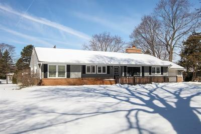Brookfield Single Family Home Active Contingent With Offer: 1645 Oak Grove Rd