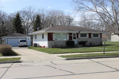 Racine County Single Family Home For Sale: 3422 Spruce St