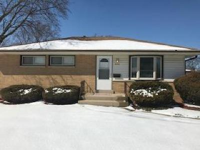 Milwaukee County Single Family Home For Sale: 8700 W Douglas Ave