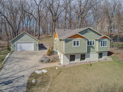 Pewaukee Single Family Home Active Contingent With Offer: N27w30028 Maple Ave