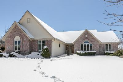 Menomonee Falls Single Family Home Active Contingent With Offer: N64w13353 Crestwood Dr