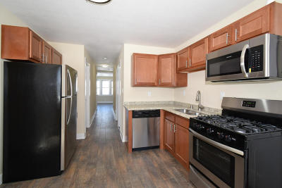 Milwaukee Two Family Home For Sale: 433 E Dover St #433 A