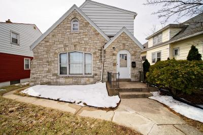 Milwaukee Single Family Home For Sale: 919 W Morgan Ave