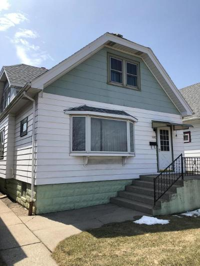 Milwaukee Single Family Home For Sale: 1407 W Morgan Ave