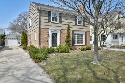 Whitefish Bay Single Family Home Active Contingent With Offer: 4845 N Sheffield Ave