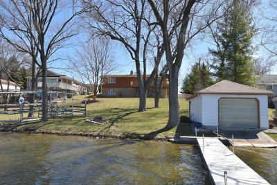 Nashotah Single Family Home Active Contingent With Offer: W340n4947 Road O