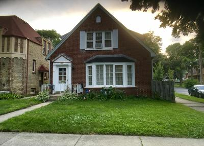Milwaukee Two Family Home For Sale: 3293 N 52nd St
