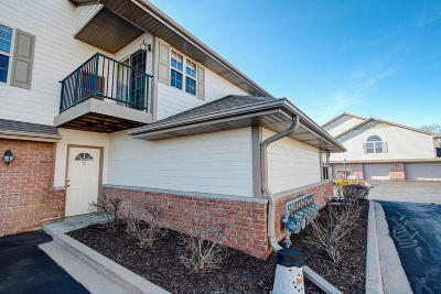 Kenosha Condo/Townhouse Active Contingent With Offer: 1515 24th Ave #12