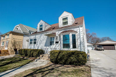 Milwaukee Single Family Home For Sale: 3410 S Brust Ave