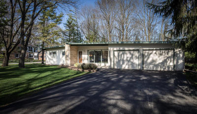 Menomonee Falls Single Family Home Active Contingent With Offer: W145 N7356 Northwood Dr