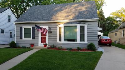 Milwaukee Single Family Home For Sale: 336 S 82nd St