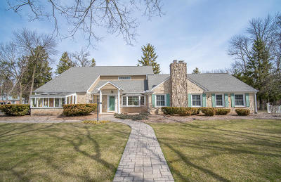 Fox Point WI Single Family Home For Sale: $629,900