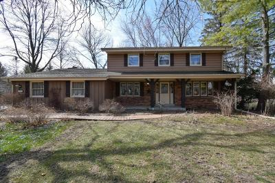 Mequon Single Family Home Active Contingent With Offer: 5339 W Westfield Rd