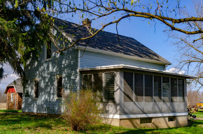 Mequon Single Family Home Active Contingent With Offer: 12428 N Wasaukee Rd