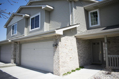 Kenosha Condo/Townhouse Active Contingent With Offer: 9920 74th St #G