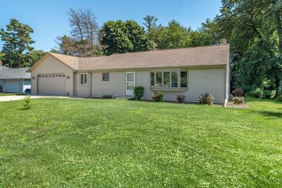 Oconomowoc Single Family Home Active Contingent With Offer: N50w35329 Wisconsin Ave
