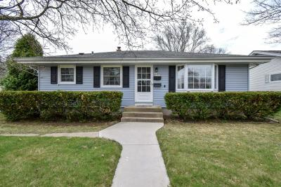 Menomonee Falls Single Family Home Active Contingent With Offer: N85w16941 Ann Ave