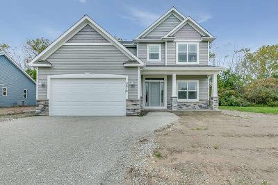 Racine Single Family Home For Sale: 5812 Richwood Ln