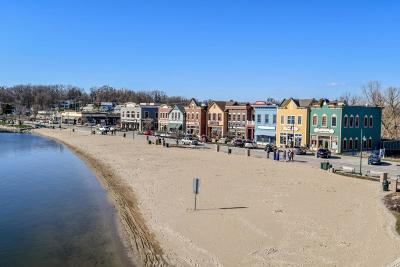 Pewaukee Condo/Townhouse For Sale: 130 W Wisconsin Ave #14