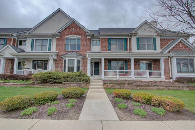 Brookfield Condo/Townhouse For Sale: 1751 Norhardt Dr