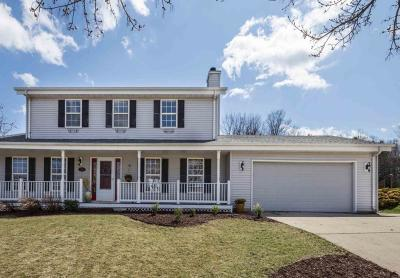 Port Washington Single Family Home Active Contingent With Offer: 1739 Laura Lane