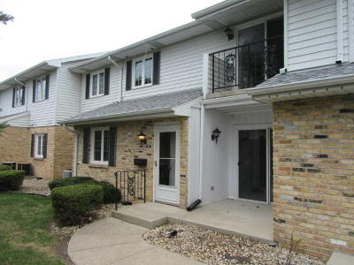 Kenosha Condo/Townhouse For Sale: 8630 30th Ave #101