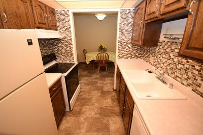 Menomonee Falls Condo/Townhouse Active Contingent With Offer: N84w16033 Menomonee Ave #202