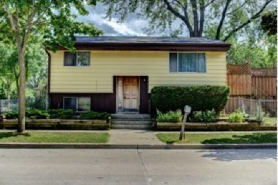 Milwaukee Single Family Home For Sale: 6447 N 53rd St