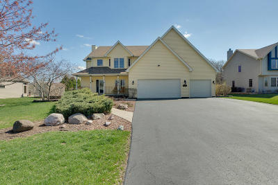Pleasant Prairie WI Single Family Home For Sale: $385,000