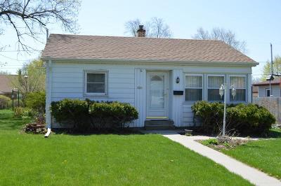 South Milwaukee Single Family Home For Sale: 1329 Manistique Ave