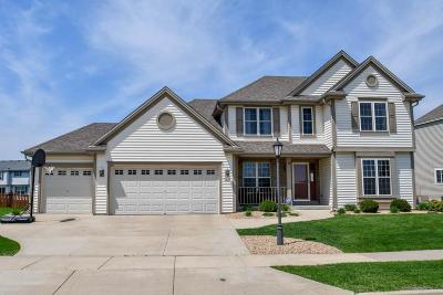 Waukesha Single Family Home Active Contingent With Offer: 3830 Valley Creek Dr
