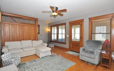 Mukwonago Single Family Home For Sale: 613 Grand Ave