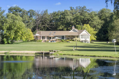 Lake Geneva Single Family Home Active Contingent With Offer: W1933 Briar Ridge St