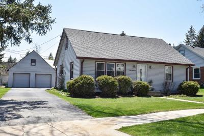 Cedarburg Single Family Home Active Contingent With Offer: N27w6267 Alyce St