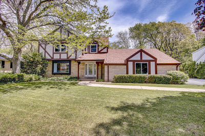 Wauwatosa WI Single Family Home For Sale: $349,900