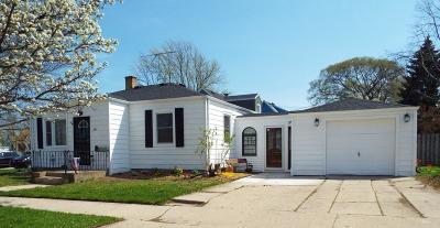 Kenosha Single Family Home Active Contingent With Offer: 2107 78th St