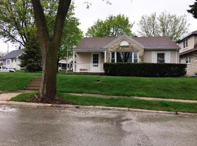 Single Family Home Sold: 6424 W Oconto Pl