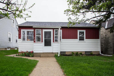 Greenfield Single Family Home Active Contingent With Offer: 3128 W Loomis Rd